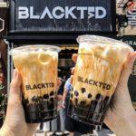 韓国ホンデにオープンしたばかりの『BLACKTEAD』のタピオカがコスパ最高だった!